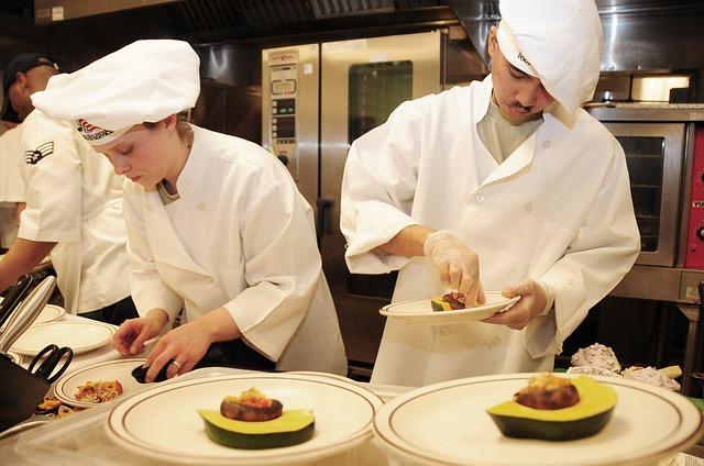 práce kuchařů