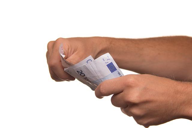 zaplatit v hotovosti