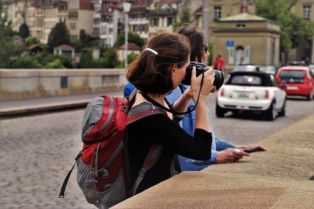 turistky na mostě